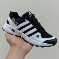 sepatu adidas ax2 hitam putih original 39-43