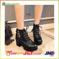 Sepatu boots docmart heels hak kotak tahu wanita main kuliah kerja