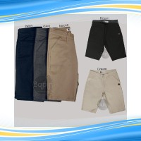celana pendek pria chino 225