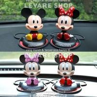 Aksesoris Boneka Per Dashboard Mobil Kepala Goyang Mickey Minnie Mouse