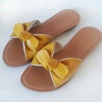 sandal kulit asli model pita aquilla