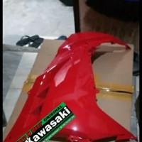 cover caver kap body bodi fairing sayap ninja 250 fi sebelah