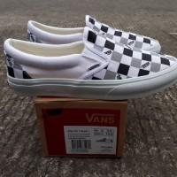 sepatu kets sneakers vans slip on OG vault try check white black grey