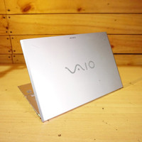 Laptop Sony SVP13 13 FHD Touchscreen Core i5-4200U Haswell 1.6GHz inte