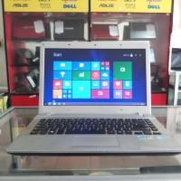 Laptop Samsung 300e5ev core i3 ivy bridge