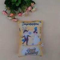 Bantal / Kado Pernikahan / Hadiah - UK 30x20cm