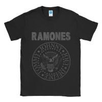 Baju Kaos Band Ramones Distressed