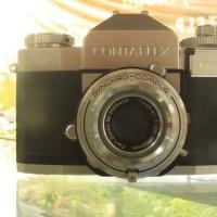 Kamera SLR Kuno dan Antik ZEISS IKON CONTAFLEX