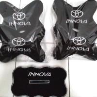 Toyota Kijang Innova bantal mobil bordir 3 in 1