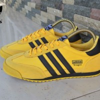 sepatu casual sneakers adidas dragon kuning hitam