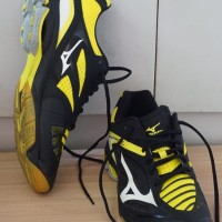 Sepatu volly original Mizuno wave lighting z3 yellow black low