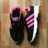 Sepatu sport Adidas joging black & pink fanta
