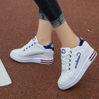 Sepatu Wanita Wedges Sneakers Tali Putih Style Remaja Korea Masa Kini