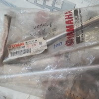 AS SWING ARM/SHAFT PIVOT (3C1-F2141-00) VIXION OLD YAMAHA