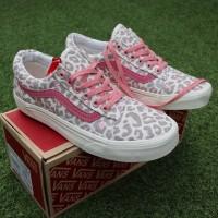 sepatu sneakers murah sepatu cewek vans os leopard dt waffel