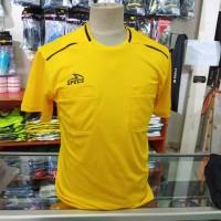 Baju Setelan Wasit Sepakbola Futsal SPECS Virtue 19 Hitam Kuning Ori