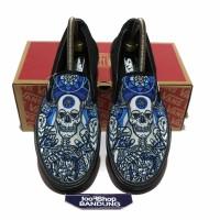 Sepatu Vans Slip On Motif Skull Schoph Tengkorak Black Blue UA BNIB