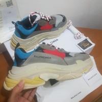 Sepatu Balenciaga Triple S Multicolor Premium Original Un Authorized