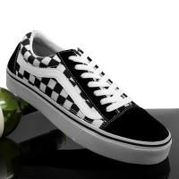 Sepatu sneaker chekherboard kotak sepatu vans oldskool hitam putih