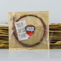 Senar Gitar Warna Akustik Strings Legacy Unpack - Bonus Pick
