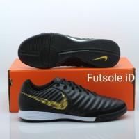Sepatu futsal Nike Tiempo Legend 7 Academy IC Black Gold