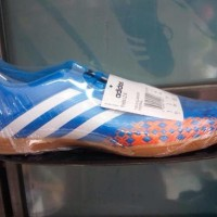 Diskon Sepatu Futsal Adidas Predito Lz In Size 39&40 Original Produk