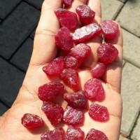 Bahan Batu Natural Ruby Mozambik