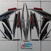 Striping Stiker Motor Honda Vario Techno 125 FI 2012 Hitam-Silver