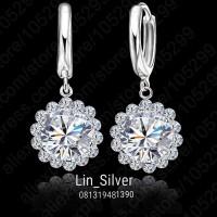 Anting Bunga Permata Berlian Perak 925 lapis emas Putih Rhodium Import