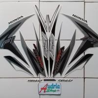 Striping Stiker Motor Honda Vario Techno 125 FI 2013 Full Putih-Silver