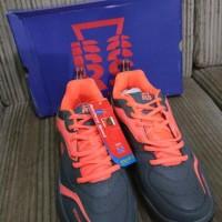 Sepatu Badminton RS 571 Rainforce Speed Sirkuit 571 Grey Black Or