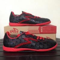 HARGA HEMAT Sepatu Futsal Specs Quark IN Black Emperor Red 400720