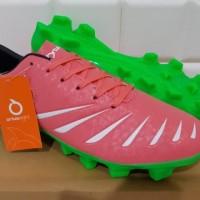 ORIGINAL Sepatu Bola / Soccer OrtusEight Blitz FG Light Red / Green