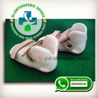 sepatu orthopedi/sepatu koreksi