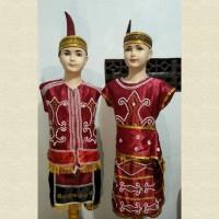 baju adat Kalimantan barat anak