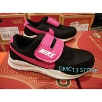 Sepatu anak sport Nike yeezy black pink