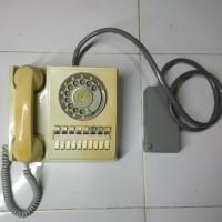 Barang Antik - Telepon Putar Jadul