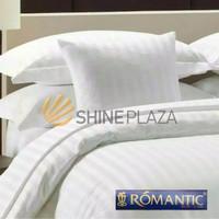 Romantic Hotel Bedcover Set Putih Salur Emboss King Size