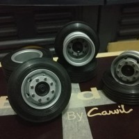Dijual Ban Miniatur Bus/Truk Tronton 10 Roda Model Hino Atau Mercedez