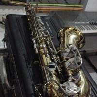Ternama selmer bundy II alto saxophone