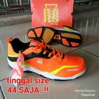 Sedang Promo Murah Sepatu Badminton RS Sirkuit 568