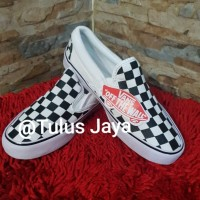 Sepatu Kets Van OG Classics Slip On LX Checkerboard Catur Black White