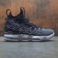 Sepatu Nike Lebron XV 15 Oreo Black White Basket Ball Original Premium