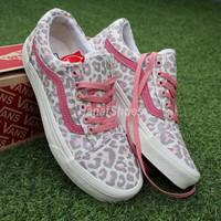Sepatu Sneakers Vans Oldskool Leopard Pink