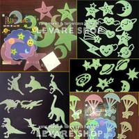 Wall Sticker Glow in the Dark Stiker Nyala Bulan Bintang Planet Star