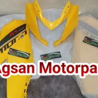 batok dan fairing atas ninja 250 rr mono kuning Original Kawasaki