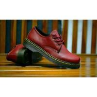 sepatu pria DM Docmart Dr. Martens 3 Hole low boots murah