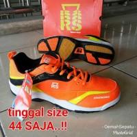 Paling Terlaris Sepatu Badminton RS Sirkuit 568