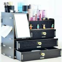 rak kosmetik bahan kayu ada cermin kotak tisu (random 3 atau 4 laci)