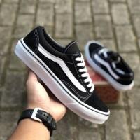 Sepatu Vans Oldskool Black White BNIB